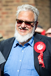 © Licensed to London News Pictures. 03/05/2018. London, UK. Labour activist JON LANSMAN is seen outside Pimlico Tube Station as part of 'Unseat Westminster Tory Council'. The gathering was arranged to round up volunteers to speak to Westminster residents who said they would vote for labour. Photo credit : Tom Nicholson/LNP