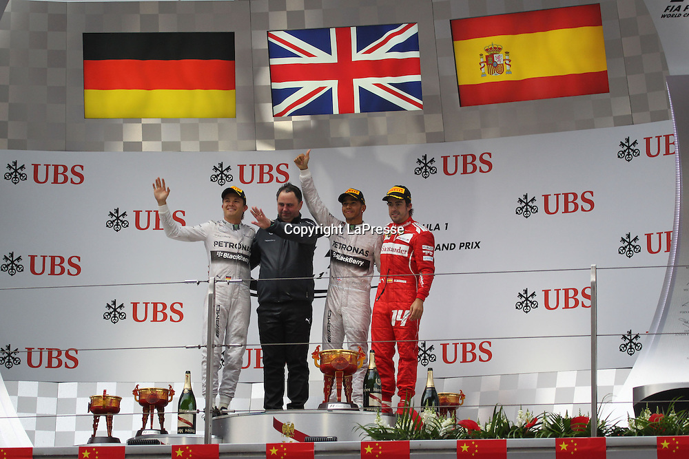 &copy; Photo4 / LaPresse<br /> 20/4/2014 Shanghai, China<br /> Sport <br /> Grand Prix Formula One China 2014<br /> In the pic: Podium, winner Lewis Hamilton (GBR) Mercedes AMG F1 W05, 2nd Nico Rosberg (GER) Mercedes AMG F1 W05 and 3rd Fernando Alonso (ESP) Scuderia Ferrari F14T