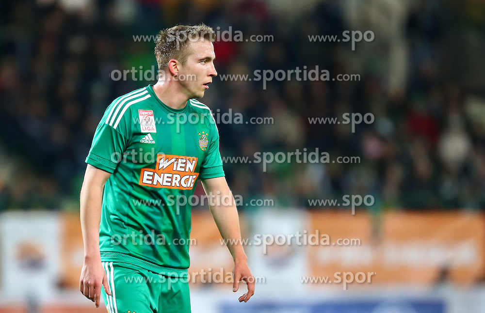 12.03.2016, Ernst Happel Stadion, Wien, AUT, 1. FBL, SK Rapid Wien vs FC Admira Wacker Mödling, 27. Runde, im Bild Christopher Dibon (SK Rapid Wien)// during Austrian Football Bundesliga 27th round match between SK Rapid Vienna and FC Admira Wacker Mödling at the Ernst Happel Stadion, Vienna, Austria on 2016/03/12, EXPA Pictures © 2016, PhotoCredit: EXPA/ Sebastian Pucher