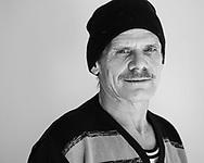 """""""Endlich habe ich wieder<br /> Struktur in meinem Alltag""""<br /> Norbert, 53, verkauft Hinz&Kunzt an der Bahnstation Klein Flottbek."""