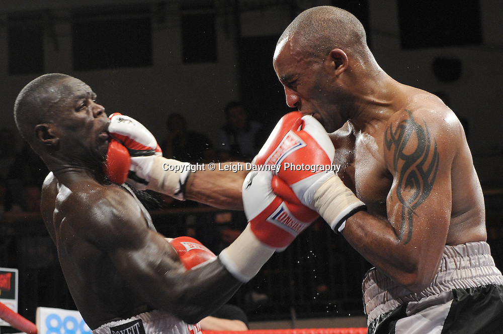 Erick Ochieng (left) defeats Dee Mitchell in a 6x3min Light Middleweight contest at York Hall 09.11.11. Matchroom Sport. Photo credit: © Leigh Dawney 2011.