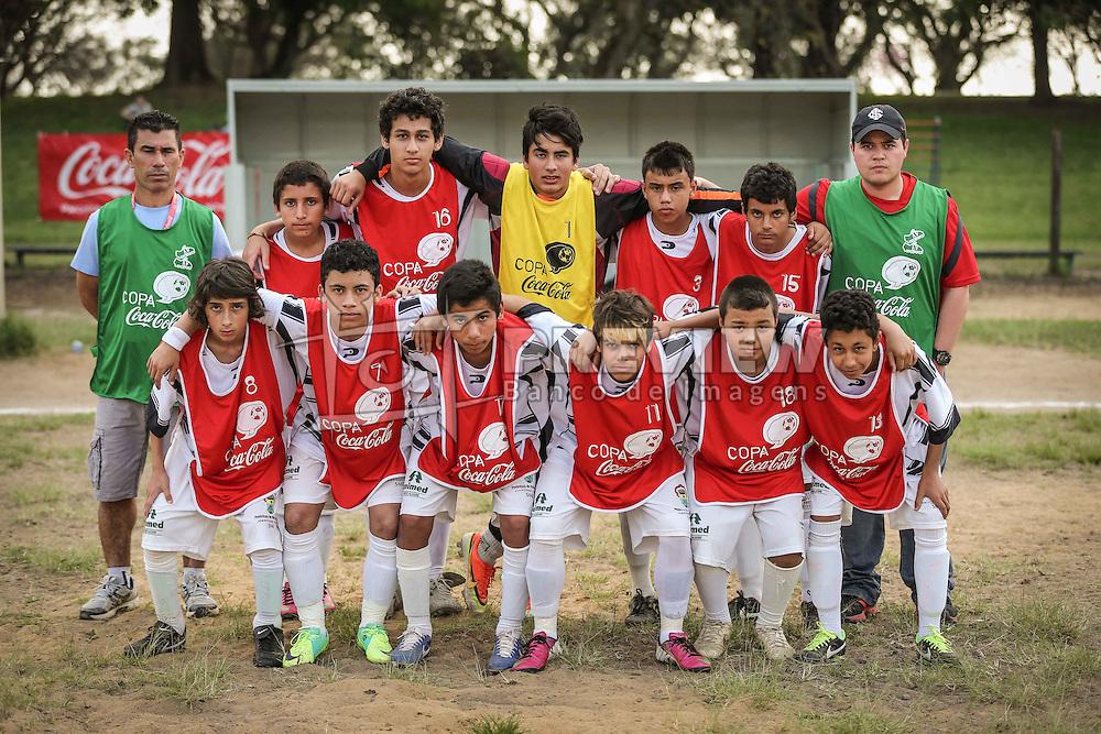 Lance da partida entre as equipes do InterSul x Marista válida pela Copa Coca-Cola 2013. FOTO: Jefferson Bernardes/Preview.com