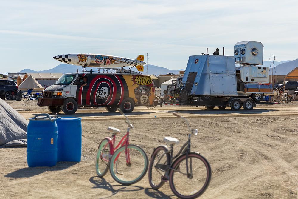 Nice Robot hauler. My Burning Man 2019 Photos:<br /> https://Duncan.co/Burning-Man-2019<br /> <br /> My Burning Man 2018 Photos:<br /> https://Duncan.co/Burning-Man-2018<br /> <br /> My Burning Man 2017 Photos:<br /> https://Duncan.co/Burning-Man-2017<br /> <br /> My Burning Man 2016 Photos:<br /> https://Duncan.co/Burning-Man-2016<br /> <br /> My Burning Man 2015 Photos:<br /> https://Duncan.co/Burning-Man-2015<br /> <br /> My Burning Man 2014 Photos:<br /> https://Duncan.co/Burning-Man-2014<br /> <br /> My Burning Man 2013 Photos:<br /> https://Duncan.co/Burning-Man-2013<br /> <br /> My Burning Man 2012 Photos:<br /> https://Duncan.co/Burning-Man-2012