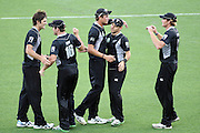 NZ celebrate a wicket during the 6th ODI, Black Caps v Pakistan, One Day International Cricket. Eden Park, Auckland, New Zealand. Saturday 5 February 2011 Photo: Ella Brockelsby/photosport.co.nz