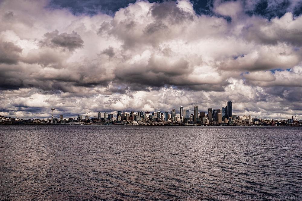 Seattle Skyline - Earth, Water & Wonder
