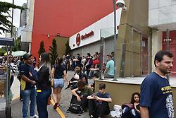 November 4, 2018 - SãO Paulo, Brazil - SÃO PAULO, SP - 04.11.2018: ENEM 2018 EM SÃO PAULO - Candidates are waiting to open their doors to take the ENEM test at the Mackenzie on Rua da Consolação, in São Paulo, on Sunday (4) (Credit Image: © Roberto Casimiro/Fotoarena via ZUMA Press)