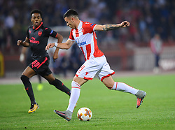 Joseph Willock of Arsenal vs Nemanja Radonjic of Crvena Zvezda during football match between NK Crvena Zvezda Beograd and Arsenal FC in Group H of UEFA Europa League 2017/18, on October 19, 2017 in Stadion Rajko Mitic, Belgrade, Serbia. Photo by Nebojsa Parausic / Sportida