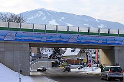 19.01.2013, Schladming, AUT, FIS Weltmeisterschaften Ski Alpin, Schladming 2013, Vorberichte, im Bild WM-Werbebanner auf einer Unterführung der B 320 Ennstal Straße am 19.01.2013 // Event-Banner on a underbridge of the B 320 Ennstal Straße on 2013/01/19, preview to the FIS Alpine World Ski Championships 2013 at Schladming, Austria on 2013/01/19. EXPA Pictures © 2013, PhotoCredit: EXPA/ Martin Huber