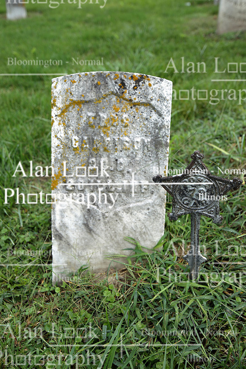 31 August 2017:   Veterans graves in Cheneys Grove Township Cemetery in eastern McLean County.<br /> <br /> Garetson   20 ILL INF