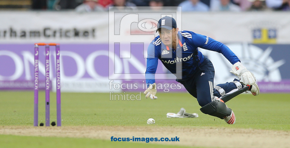 Jonny Bairstow of England attempts a run out during the Royal London One Day Series match at Emirates Durham ICG, Chester-le-Street<br /> Picture by Simon Moore/Focus Images Ltd 07807 671782<br /> 20/06/2015