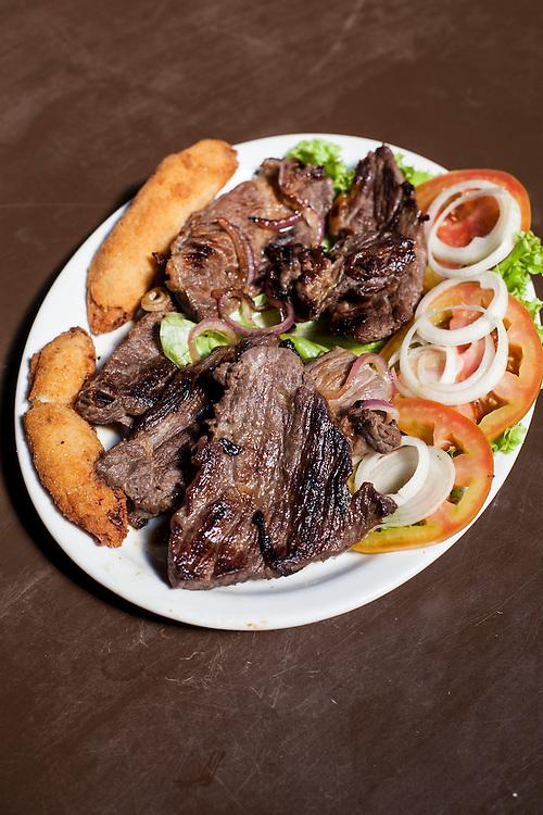 Fortaleza_CE, Brasil.<br /> <br /> Carne de Sol e macaxeira em Fortaleza, Ceara.<br /> <br /> Carne de Sol and cassava a typical food in Fortaleza, Ceara.<br /> <br /> Foto: RODRIGO LIMA / NITRO
