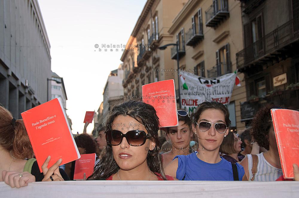Palermo: commemoration of the massacre of Via D'Amelio,  the march of Red diaries people.<br /> <br /> Palermo: commemorazione della strage di via D'amelio,  corteo con il popolo delle agende rosse.