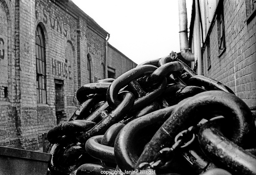 Large chains made at Griffin Woodhouse cahin workshop in Cradely Heat The Black Country West midlands 1977