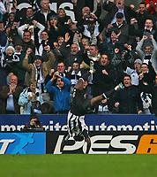 Photo: Andrew Unwin.<br />Newcastle United v Tottenham Hotspur. The Barclays Premiership. 23/12/2006.<br />Newcastle's Obafemi Martins celebrates his goal.