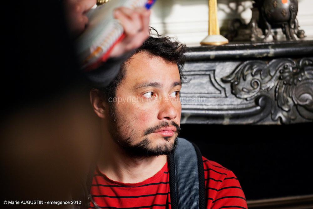 """Julien SICART, ingénieur son - tournage scène libre """"Paris-Brest"""" de Benoît BOURREAU - emergence 2012"""
