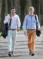 BLOEMENDAAL - initiatiefnemers Stichting SPORT HELPT, hockey-internationals Tim Jenniskens (r)  en Rogier Hofman. COPYRIGHT KOEN SUYK
