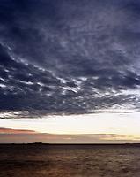 Hav, himmel og horisont.<br /> Foto: Svein Ove Ekornesvåg