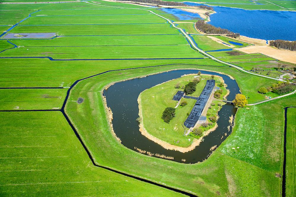 Nederland, Noord-Holland, Uitgeest, 20-04-2015; Fort bij Krommeniedijk, ten zuidoosten van Uitgeest. Onderdeel van de Stelling van Amsterdam. <br /> Fort bij Krommeniedijk, part of 19th century Defense line of Amsterdam.<br /> luchtfoto (toeslag op standard tarieven);<br /> aerial photo (additional fee required);<br /> copyright foto/photo Siebe Swart