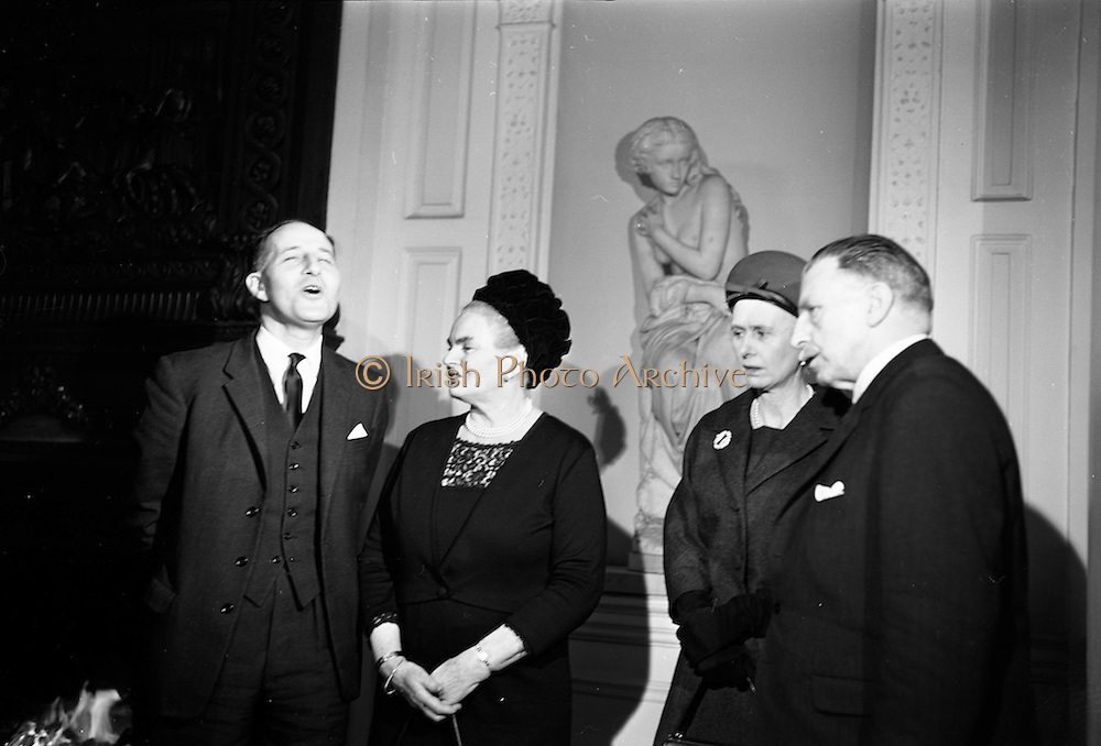09/02/1965<br /> 02/09/1965<br /> 09 February 1965<br /> Prime Minister of Northern Ireland, Captain Terence O'Neill visits Taoiseach Sean Lemass in Dublin. Picture shows Captain Terence O'Neill; Mrs. Kathleen Lemass; Mrs. Katharine O'Neill and Mr. Sean Lemass after their talks in Dublin at the the Department of External Affairs.