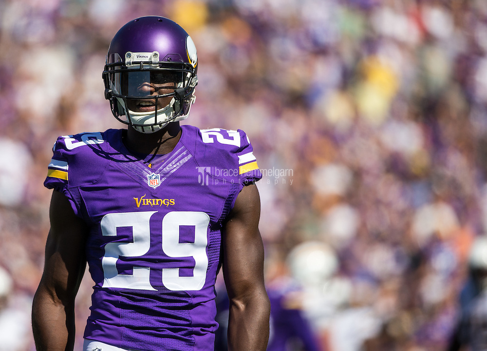 Sep 27, 2015; Minneapolis, MN, USA; Minnesota Vikings cornerback Xavier Rhodes (29) against the San Diego Chargers at TCF Bank Stadium. The Vikings defeated the Chargers 31-14. Mandatory Credit: Brace Hemmelgarn-USA TODAY Sports