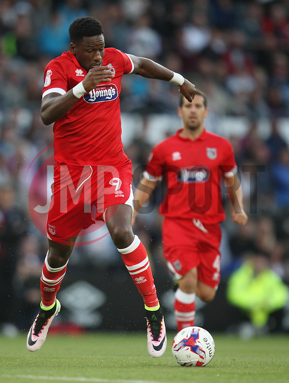 Omar Bogle of Grimsby Town in action - Mandatory by-line: Jack Phillips/JMP - 09/08/2016 - FOOTBALL - iPro Stadium - Derby, England - Derby County v Grimsby Town - EFL Cup First Round