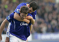Photo: Dave Howarth.<br /> Everton v Charlton Athletic. The Barclays Premiership.<br /> 02/01/2005.  Everton's James Beattie and Leon Osman celebrate Everton's first