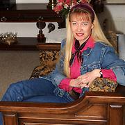 Johanna Visser - Rebel Korhoenlaan 12 Huizen neemt afscheid als raadslid gemeente Huizen