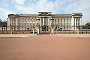 UNITED KINGDOM, London: 01 April 2020 Buckingham Palace remained desolate at the time of what is usually the Changing of the Guards this morning as the country continues to remain at home under the strict orders given by Prime Minister Boris Johnson. The step to put the nation in lockdown was to prevent further spread of the coronavirus.