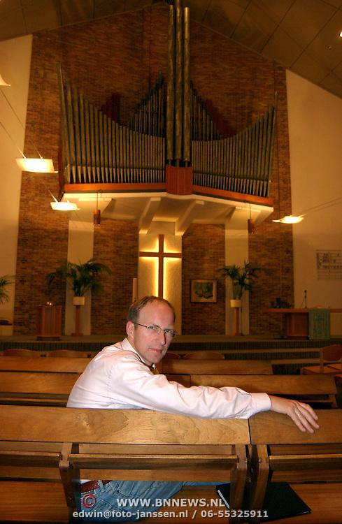 Dirigent Deo Cantate dhr. van Zonneveld