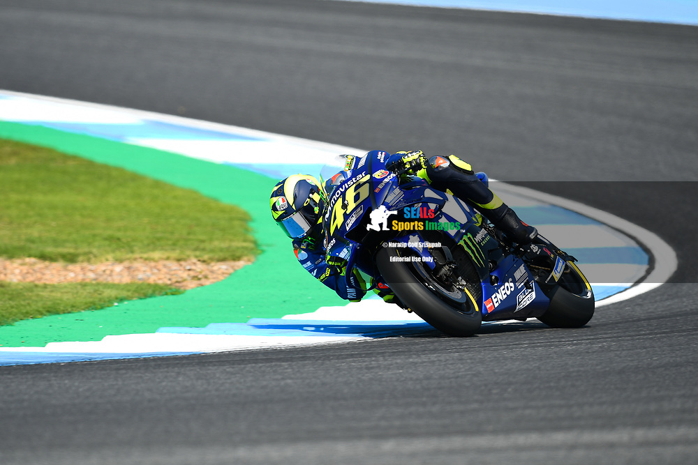BURIRAM, THAILAND - OCTOBER 06: Valentino Rossi (46) of Italy and Movistar Yamaha MotoGP in Turn 3 during FP3 at the MotoGP PTT Thailand Grand Prix 2018, Chang International Circuit, Buriram, Thailand on October 06, 2018. <br /> .<br /> .<br /> .<br /> (Photo by: Naratip Golf Srisupab/SEALs Sports Images)<br /> .<br /> Any image use must include a mandatory credit line adjacent to the content which should read: Naratip Golf Srisupab/SEALs Sports Images
