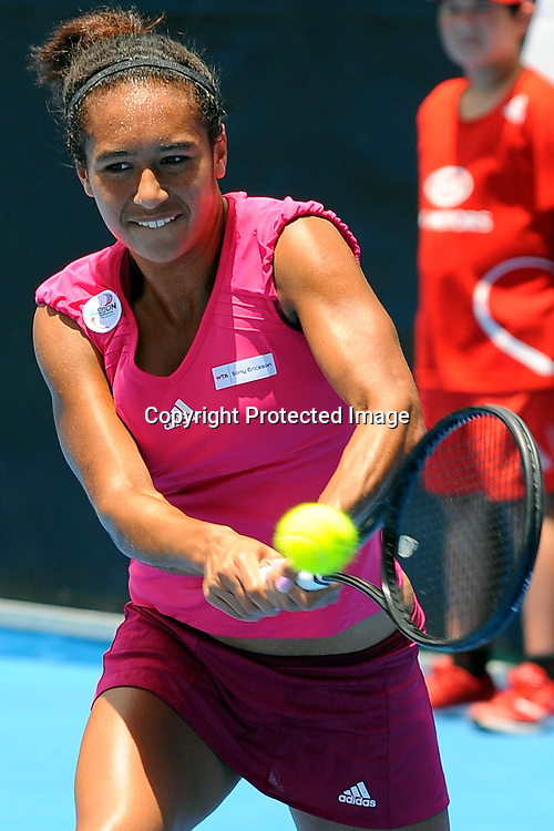 Heather Watson(GBR) in action during her match against Carla Suarez Navarro(ESP) at the WTA 2011 ASB Classic, ASB Tennis Centre, Auckland, New Zealand. Wednesday 5 January 2011. Photo: Chris Symes/photosport.co.nz