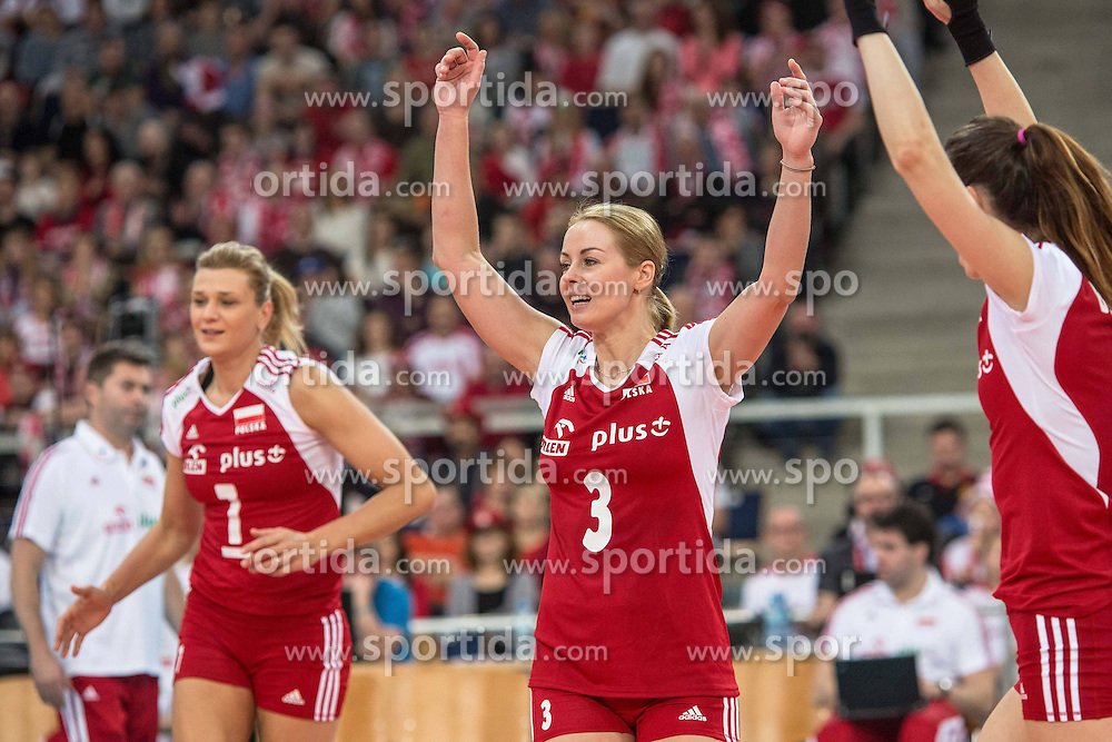 04.01.2014, Atlas Arena, Lotz, POL, FIVB, Damen WM Qualifikation, Polen vs Spanien, im Bild MALGORZATA GLINKA-MOGENTALE, ELEONORA DZIEKIEWICZ // MALGORZATA GLINKA-MOGENTALE, ELEONORA DZIEKIEWICZ during the ladies FIVB World Championship qualifying match between Poland and Spain at the Atlas Arena in Lotz, Poland on 2014/01/04. EXPA Pictures &copy; 2014, PhotoCredit: EXPA/ Newspix/ Radoslaw Jozwiak<br /> <br /> *****ATTENTION - for AUT, SLO, CRO, SRB, BIH, MAZ, TUR, SUI, SWE only*****