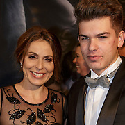 NLD/Amsterdam/20150211 - Premiere Fifty Shades of Grey, Heleen van Royen en zoon Sam