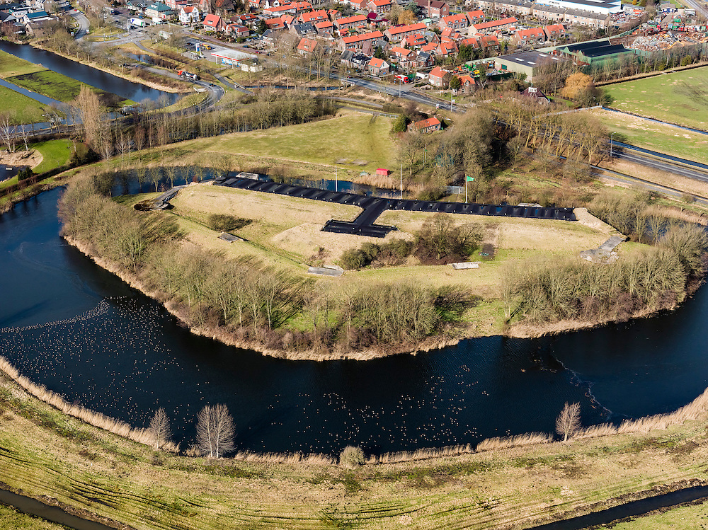 Nederland, Noord-Holland, Gemeente Uithoorn, 20-02-2012; Fort bij Uithoorn.  .Fortress near Uithoorn, part of the Defense line of Amsterdam..luchtfoto (toeslag), aerial photo (additional fee required);.copyright foto/photo Siebe Swart.
