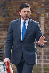 © Licensed to London News Pictures. 22/03/2016. London, UK. Work and Pensions Secretary STEPHEN CRABB attending a cabinet meeting in Downing Street on Tuesday, 22 March 2016. Photo credit: Tolga Akmen/LNP