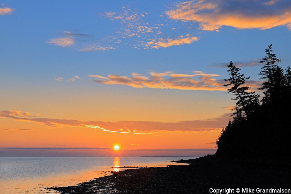 Sunrise on Caraquet Bay (Golf of St. Lawrence - Atlantic Ocean)<br /> Caraquet<br /> New Brunswick<br /> Canada