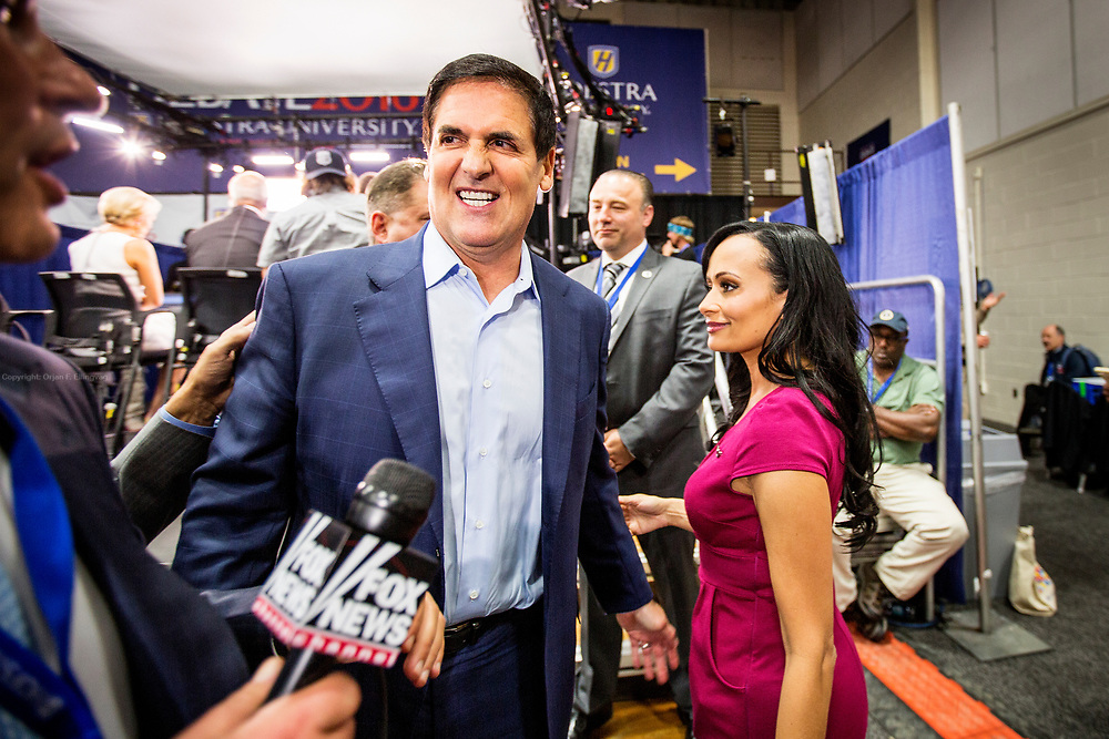 Billionaire and anti-Trump Mark Cuban is confronted by Trump spokeswoman Katrina Pierson after being interviewed by Fox News. The Democrate and Republican nominees for US President, Hillary Rodham Clinton and Donald John Trump, met on Sep. 26th for the first head to head Presidential Debate at the Hofstra University in Long Island.