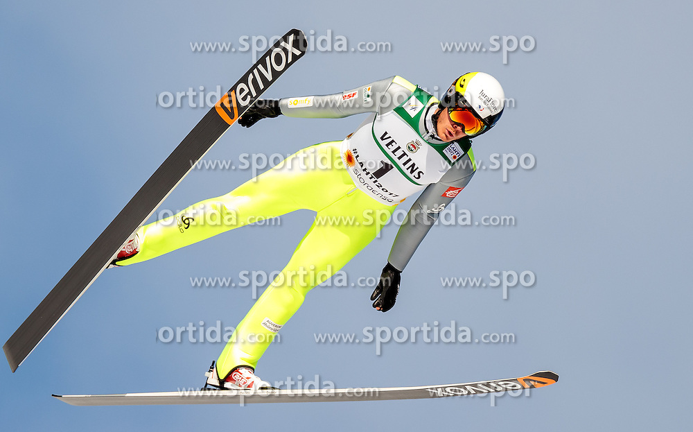 24.02.2017, Lahti, FIN, FIS Weltmeisterschaften Ski Nordisch, Lahti 2017, Nordische Kombination, Skisprung, im Bild Hugo Buffard (FRA) // Hugo Buffard of France during Skijumping of Nordic Combined competition of FIS Nordic Ski World Championships 2017. Lahti, Finland on 2017/02/24. EXPA Pictures © 2017, PhotoCredit: EXPA/ JFK