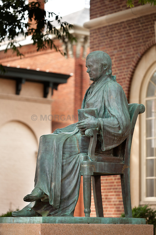 Warrenton Virginia statue of Chief Justice John Marshall