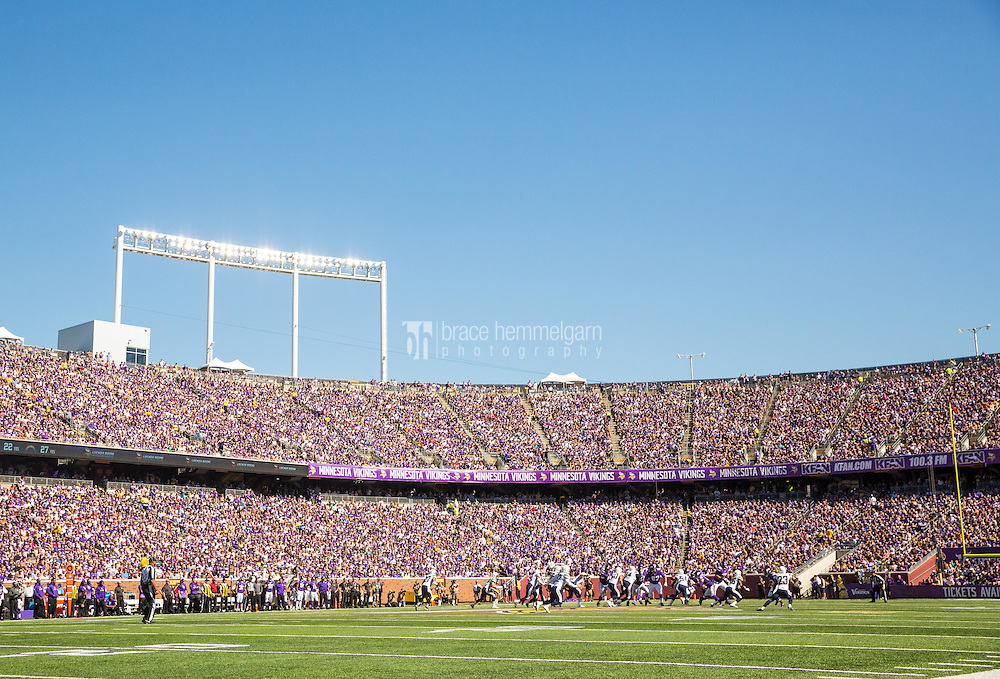 Sep 27, 2015; Minneapolis, MN, USA; A general view of TCF Bank Stadium during the first quarter during a game between the Minnesota Vikings and San Diego Chargers at TCF Bank Stadium. The Vikings defeated the Chargers 31-14. Mandatory Credit: Brace Hemmelgarn-USA TODAY Sports