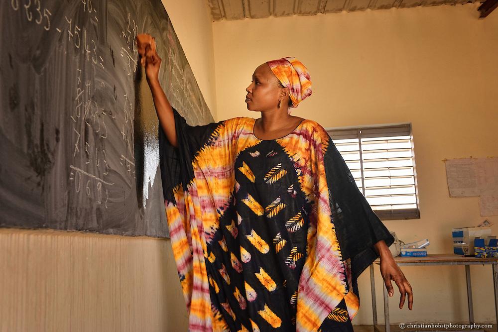 Ausbildungsworkshop (Rechnen) für Kleinbauern und Erwachsene in DIAGALY, Senegal.