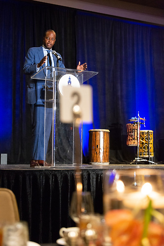 Howard University President Wayne A. I. Frederick speaks to an audience at the Alumni Jazz Brunch.