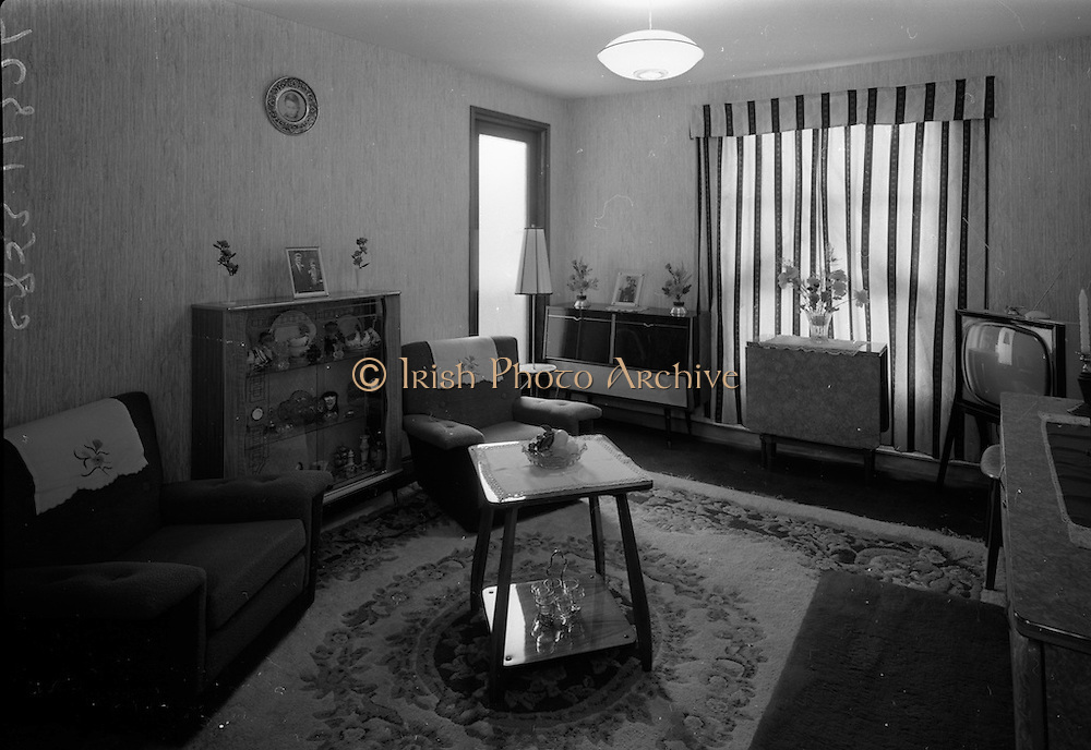 09/06/1967<br /> 06/09/1967<br /> 09 June 1967<br /> Interiors and exteriors of Ballymun Housing, Dublin. Sitting room.