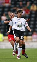 Photo: Rich Eaton.<br /> <br /> Derby County v Southampton. Coca Cola Championship.<br /> <br /> 06/08/2006. Derbys Inigo Idiakev #27 on the ball