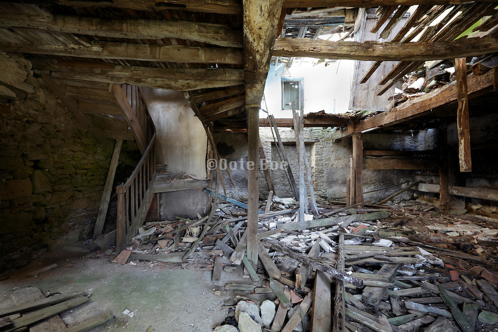 decaying old farm house