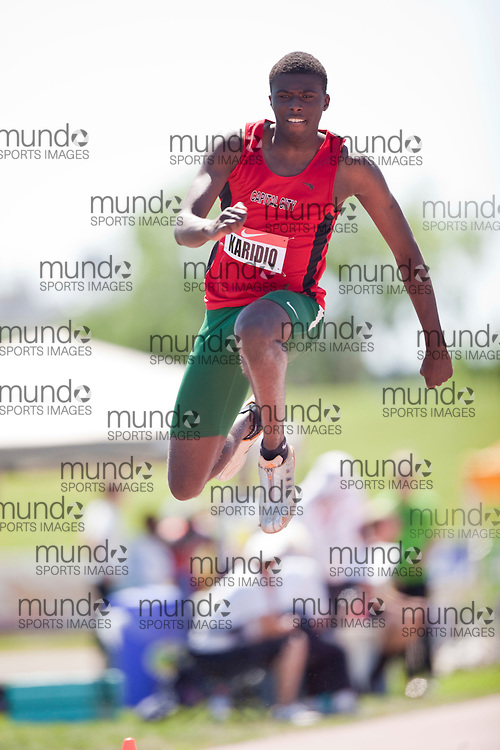 Winnipeg, Manitoba ---11-07-10---   Ismael Karidio competes in the triple jump at the 2011 Canadian Junior National Track and Field Championships in Winnipeg, Manitoba,  July 10, 2011..GEOFF ROBINS/ Mundo Sport Images.