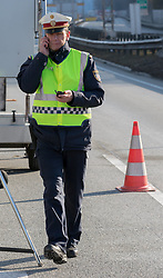 22.03.2018, Grenzübergang, Kufstein, AUT, LKW-Blockabfertigung, im Bild Leiter der Landesverkehrsabteilung Tirol Oberst Markus Widmann // during truck block dispatch measurements at the border from Germany to Austria in Kufstein, Austria on 2018/03/22. EXPA Pictures © 2018, PhotoCredit: EXPA/ Jakob Gruber