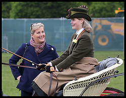 May 9, 2019 - Windsor, United Kingdom - Image licensed to i-Images Picture Agency. 09/05/2019. Windsor , United Kingdom. The Countess of Wessex talks to her daughter  Lady Louise Windsor  before she competes in the carriage driving on the second day of Royal Windsor Horse Show, United Kingdom. (Credit Image: © Stephen Lock/i-Images via ZUMA Press)