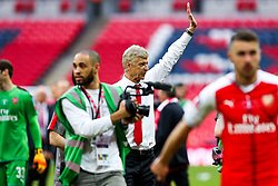 Arsenal manager Arsene Wenger waves to the fans after Arsenal win the match 2-0 to become FA Cup Winners - Rogan Thomson/JMP - 27/05/2017 - FOOTBALL - Wembley Stadium - London, England - Arsenal v Chelsea - FA Cup Final.