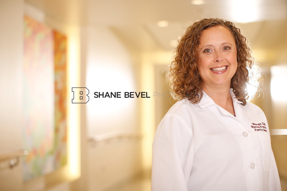 5/28/15 4:08:44 PM -- Dr. Renee Frenier of Saint Francis Health System poses for a portrait for the 2015 Advertising Campaign. <br /> <br /> Photo by Shane Bevel